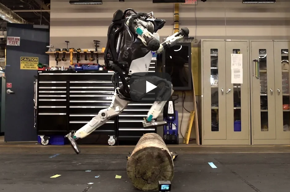 Boston Dynamics Robot Does Parkour!